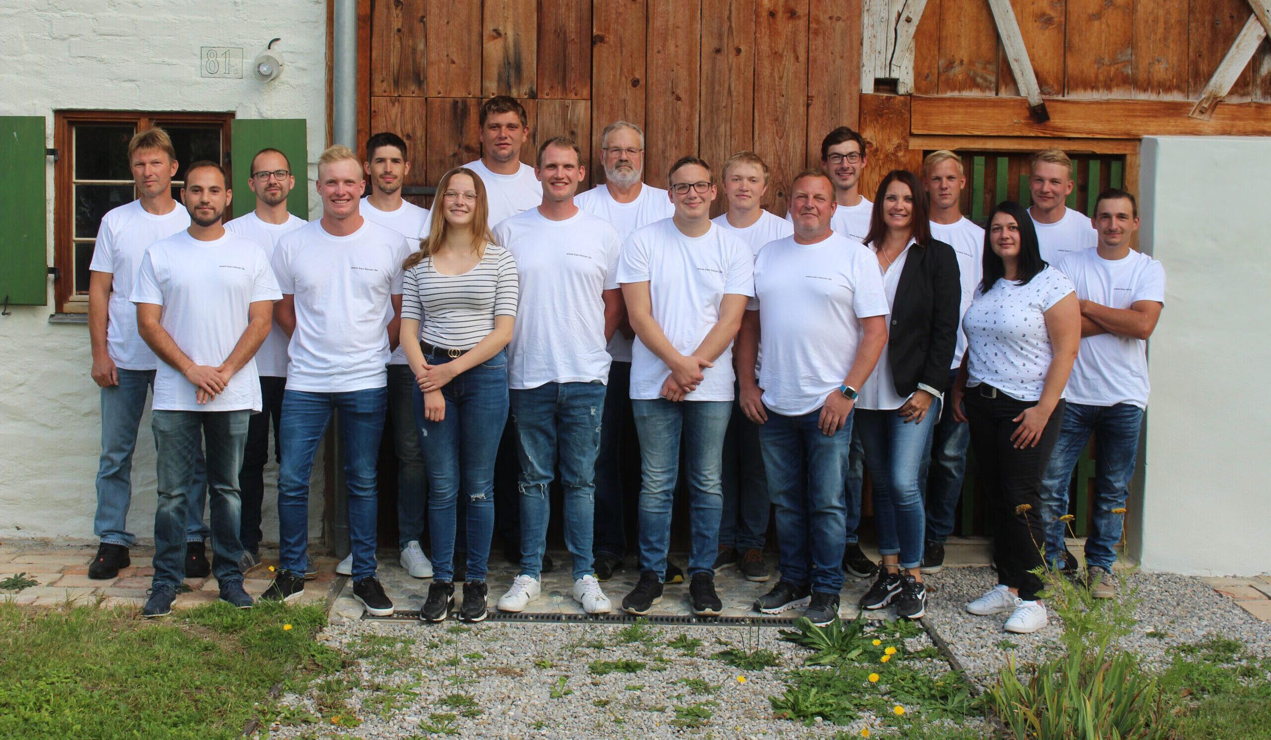 Gruppenbild-Bau-Bauer